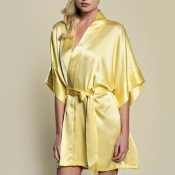 663303fe11 Victoria secret intimates sleepwear victoriass secret short jpg 580x580 Kimono  robe short yellow